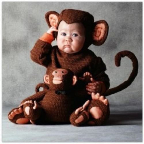 imagen tierna - bebe disfrazado de mono