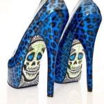 zapatos azules altos