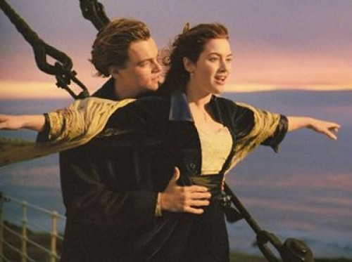 Escena romantica titanic