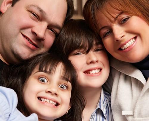 familiafeliz e1345471761256 imágenes de familias felices