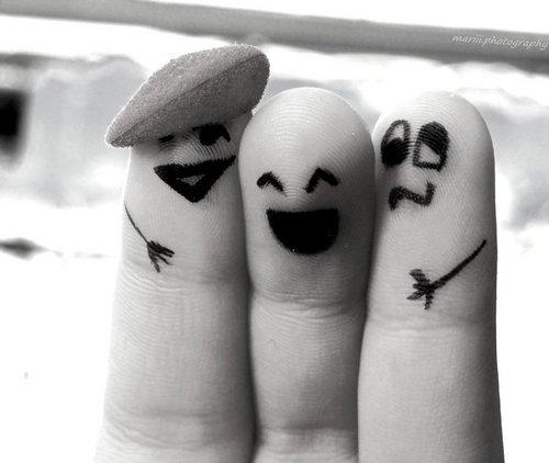 """deditos amigos Imágenes de amistad: """"Momentos de amigos"""""""