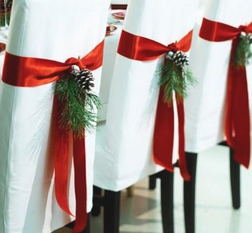 sillas adornadas de navidad 519x480 Imágenes lindas de adornos navideños