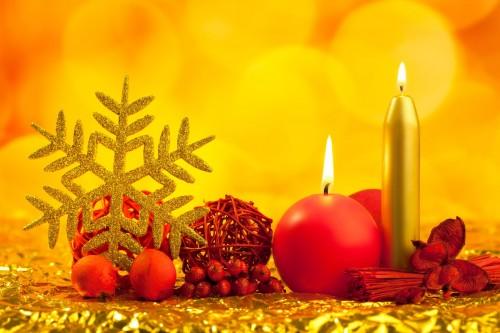 velas esferas y adornos navideños en hermosa postal para compartir en navidad e1356012479150 Imágenes lindas de adornos navideños