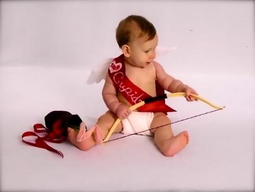 gabe9monthpics4 Imágenes Bonitas de Bebes con disfraces de Cupido