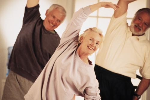 3 persons exercise11 6 de Abril Día Mundial de la Actividad Física