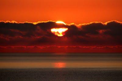 imagenes sol naciente3 Playa de San Valentin