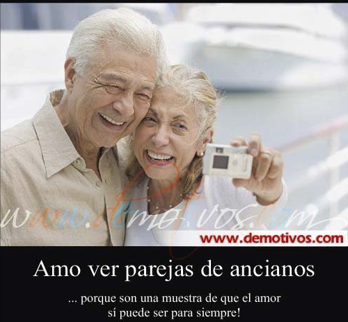 parejas ancianos demotivos com 500x463 El amor nunca se desgasta
