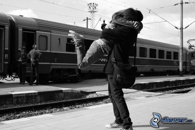 amor en la estacion de trenes
